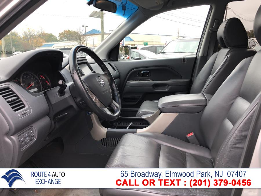 2008 Honda Pilot 4WD 4dr EX-L w/Navi, available for sale in Elmwood Park, New Jersey | Route 4 Auto Exchange. Elmwood Park, New Jersey