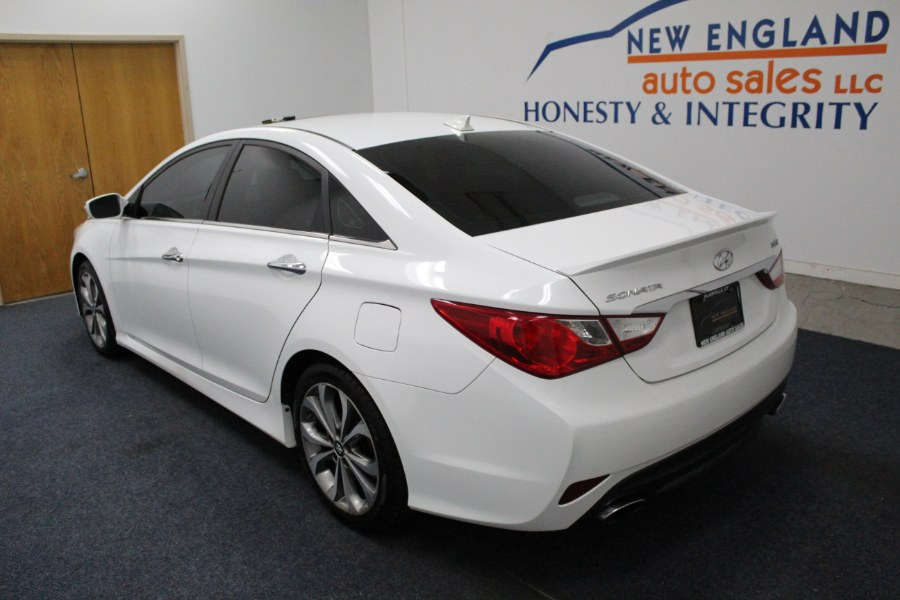 Used Hyundai Sonata 4dr Sdn 2.0T Auto SE 2014   New England Auto Sales LLC. Plainville, Connecticut