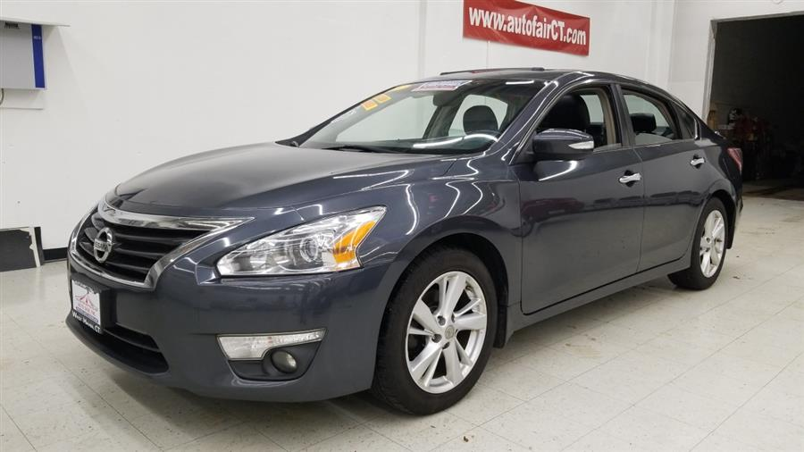 2013 Nissan Altima 4dr Sdn I4 2.5 SL, available for sale in West Haven, CT