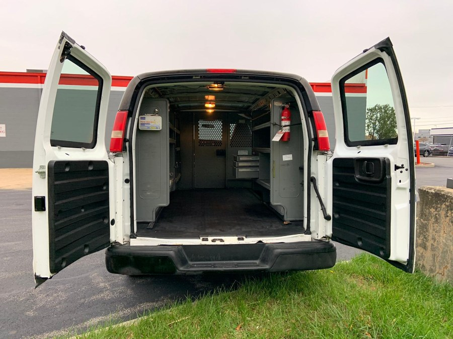 "Used Chevrolet Express Cargo Van RWD 1500 135"" 2009 