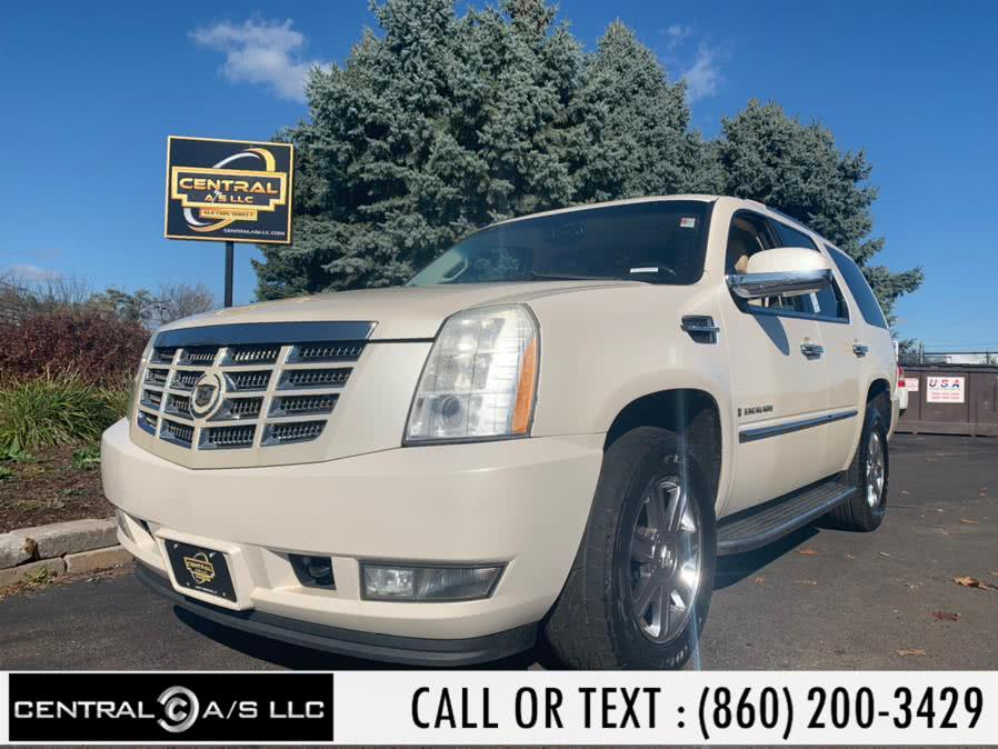 Used Cadillac Escalade AWD 4dr 2008 | Central A/S LLC. East Windsor, Connecticut