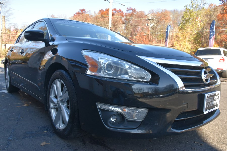 2013 Nissan Altima 4dr Sdn I4 2.5 SL, available for sale in Waterbury, Connecticut | Highline Car Connection. Waterbury, Connecticut