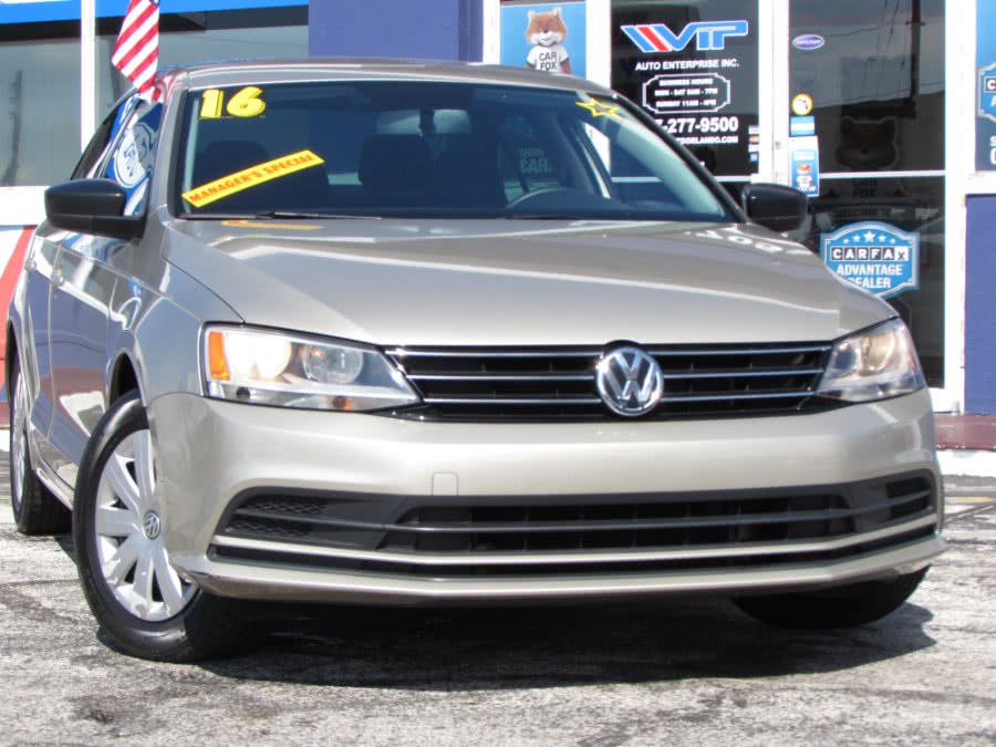Used 2016 Volkswagen Jetta Sedan in Orlando, Florida | VIP Auto Enterprise, Inc. Orlando, Florida