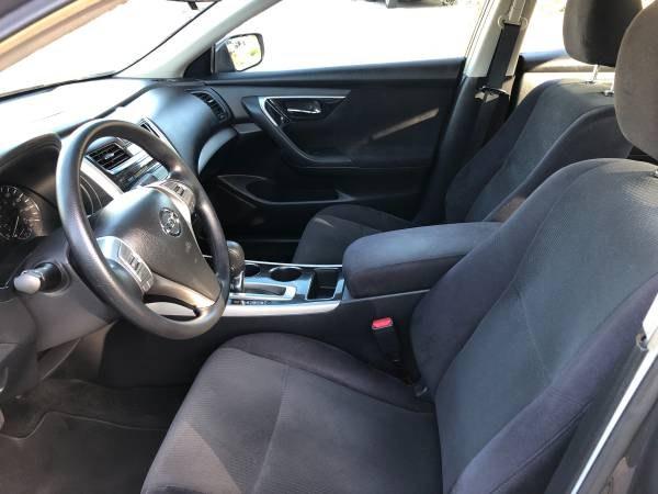 2013 Nissan Altima 4dr Sdn I4 2.5 SV, available for sale in Orange, California | Carmir. Orange, California