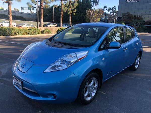Used Nissan LEAF 4dr HB SV 2011 | Carmir. Orange, California