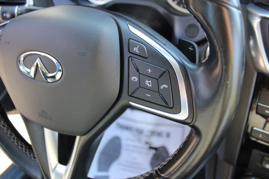 2017 INFINITI QX30 Luxury FWD, available for sale in Great Neck, NY