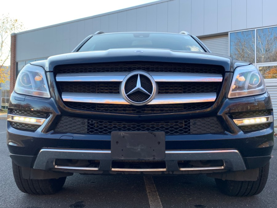 2013 Mercedes-Benz GL-Class 4MATIC 4dr GL 350 BlueTEC, available for sale in Waterbury, Connecticut | Platinum Auto Care. Waterbury, Connecticut