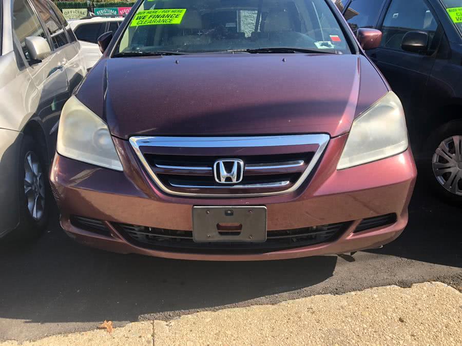 Used 2007 Honda Odyssey in Islip, New York | 111 Used Car Sales Inc. Islip, New York