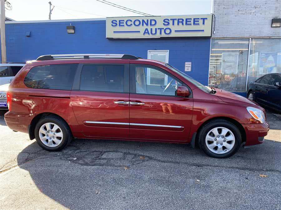 Used 2008 Hyundai Entourage in Manchester, New Hampshire | Second Street Auto Sales Inc. Manchester, New Hampshire