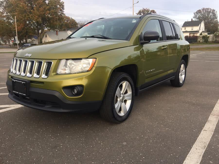 Used 2012 Jeep Compass in Stratford, Connecticut | Mike's Motors LLC. Stratford, Connecticut