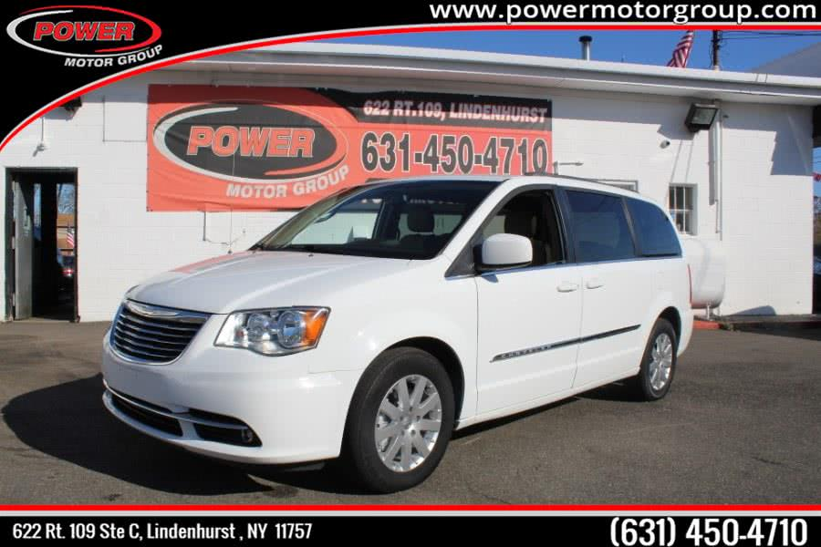 Used Chrysler Town & Country 4dr Wgn Touring 2016 | Power Motor Group. Lindenhurst , New York