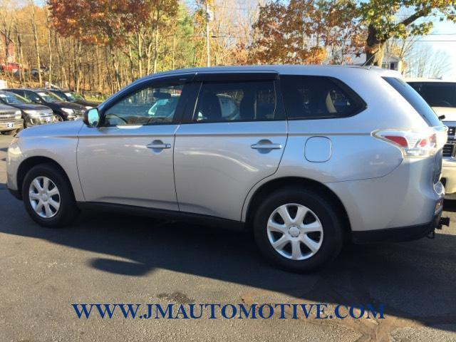 2014 Mitsubishi Outlander 2WD 4dr ES, available for sale in Naugatuck, Connecticut | J&M Automotive Sls&Svc LLC. Naugatuck, Connecticut