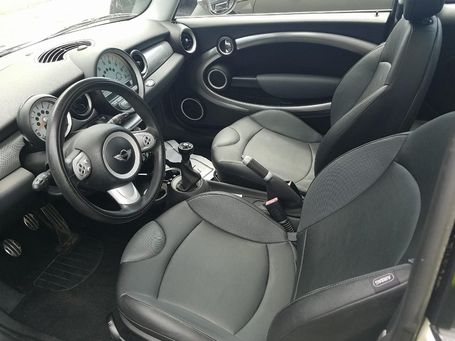 2007 MINI Cooper Hardtop 2dr Cpe S, available for sale in Bellmore, NY