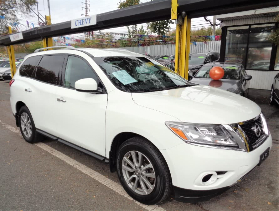 Used Nissan Pathfinder 4WD 4dr S 2016 | Sunrise Auto Sales. Rosedale, New York