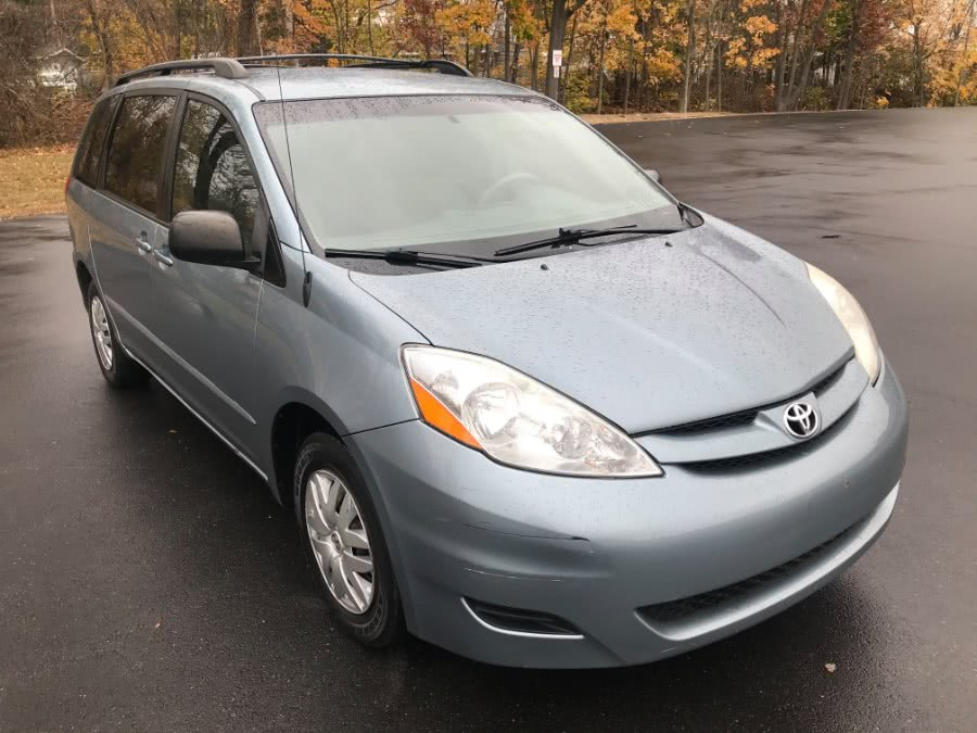 Used 2006 Toyota Sienna in Fitchburg, Massachusetts | A & A Auto Sales. Fitchburg, Massachusetts