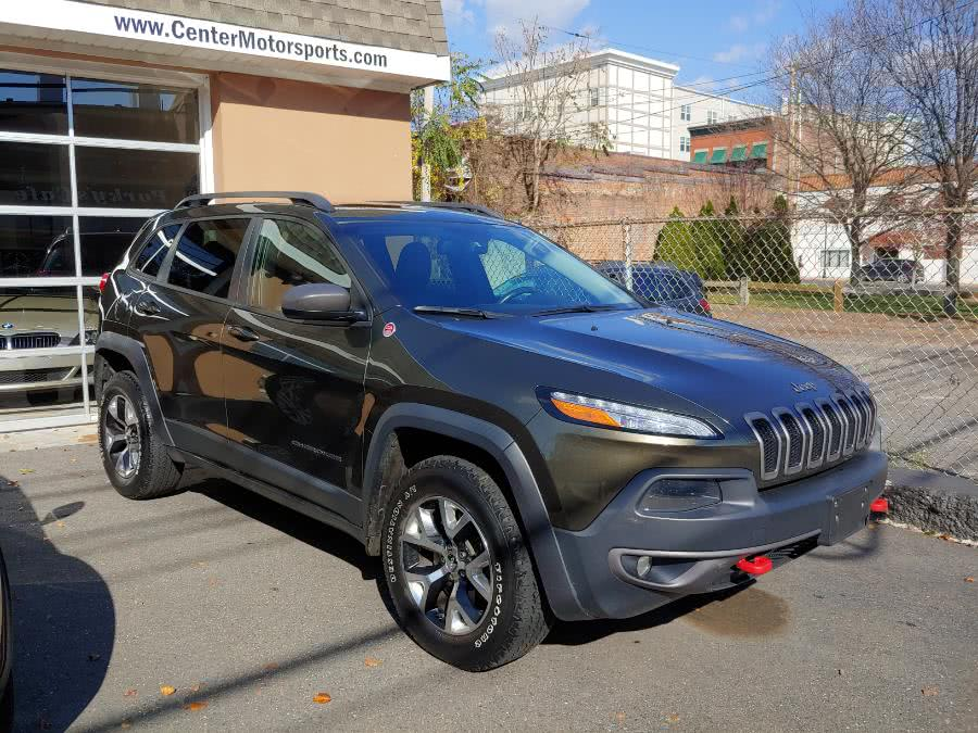 Used 2015 Jeep Cherokee in Shelton, Connecticut | Center Motorsports LLC. Shelton, Connecticut