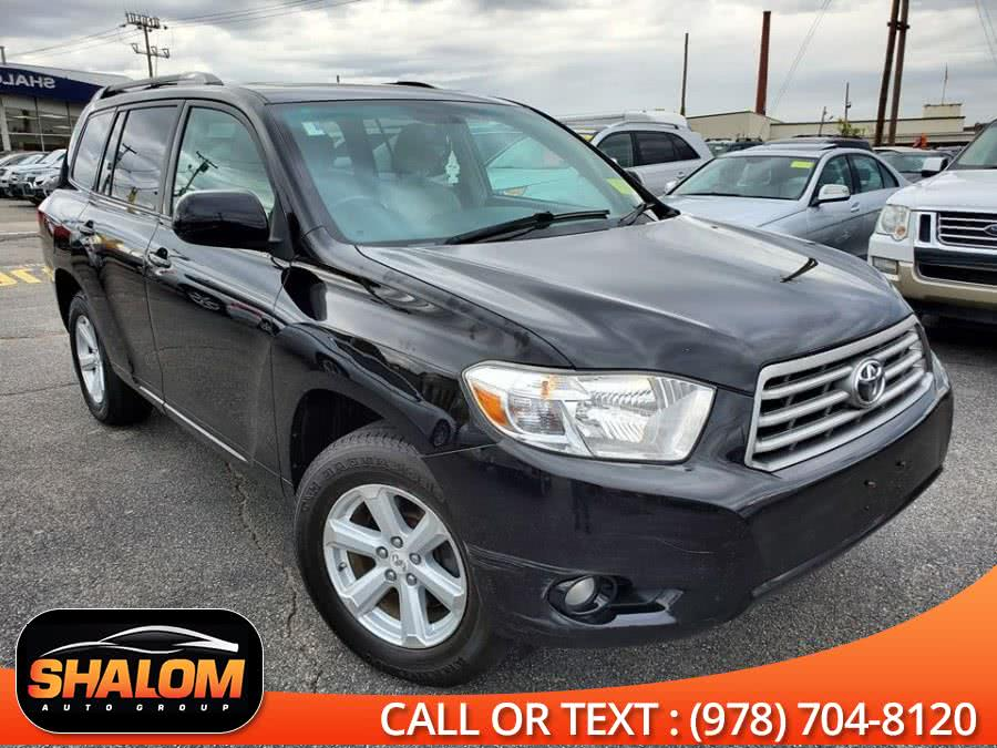Used 2010 Toyota Highlander in South Lawrence, Massachusetts | Shalom Auto Group LLC. South Lawrence, Massachusetts