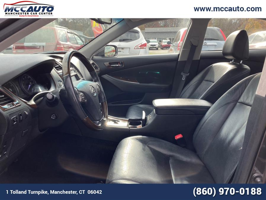 2011 Lexus ES 350 4dr Sdn, available for sale in Manchester, Connecticut | Manchester Car Center. Manchester, Connecticut