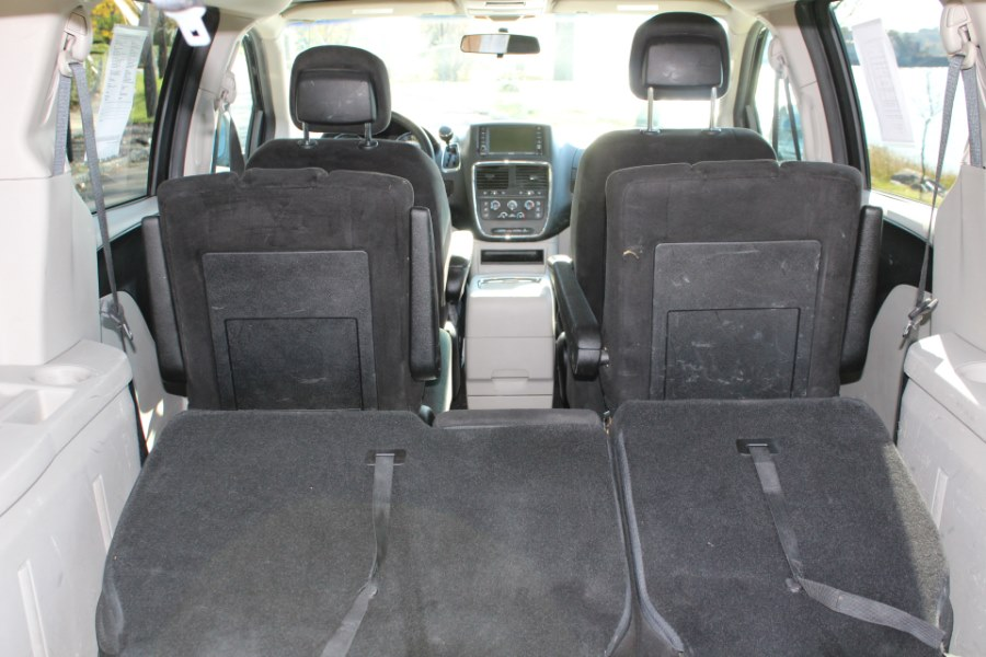2013 Dodge Grand Caravan 4dr Wgn SXT, available for sale in Great Neck, NY