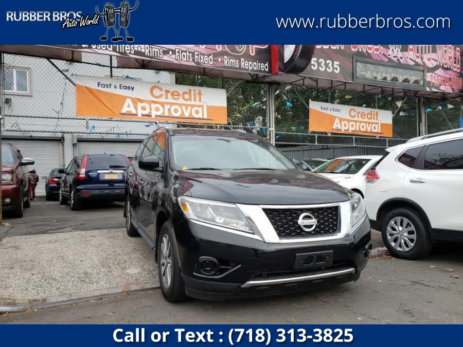 Used 2014 Nissan Pathfinder in Brooklyn, New York | Rubber Bros Auto World. Brooklyn, New York