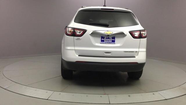 2016 Chevrolet Traverse FWD 4dr LS w/1LS, available for sale in Naugatuck, Connecticut | J&M Automotive Sls&Svc LLC. Naugatuck, Connecticut