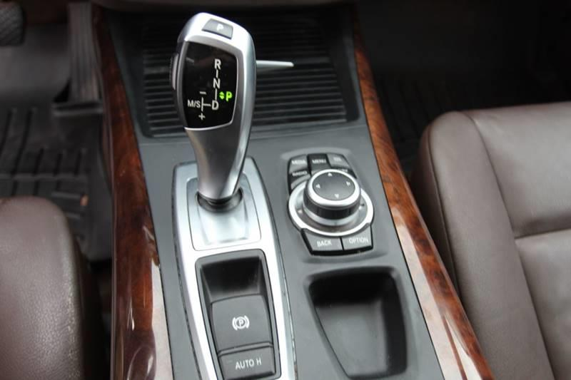 2013 BMW X5 xDrive35d AWD 4dr SUV, available for sale in Waterbury, Connecticut | Sphinx Motorcars. Waterbury, Connecticut