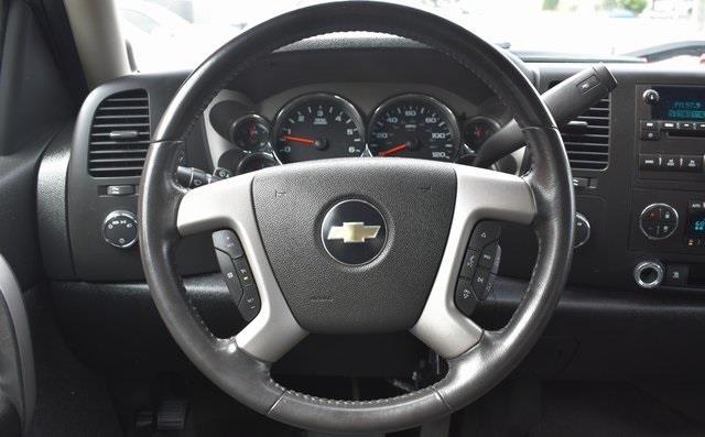 2009 Chevrolet Silverado 1500 LT, available for sale in Lodi, New Jersey | Bergen Car Company Inc. Lodi, New Jersey