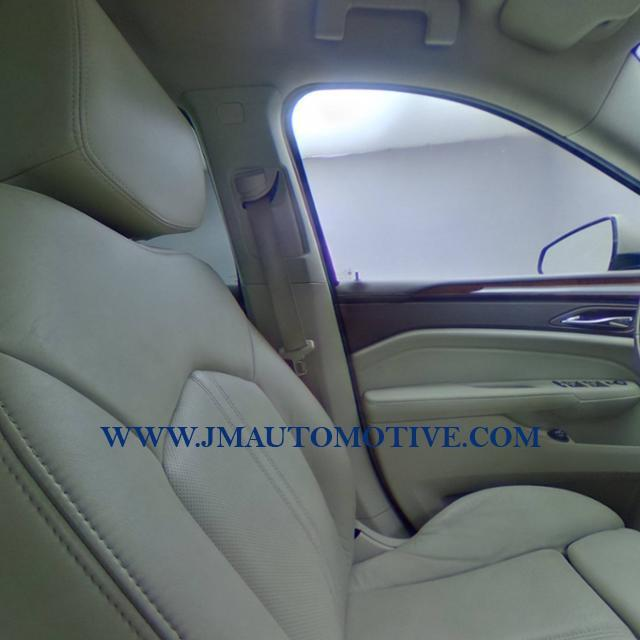 2010 Cadillac Srx AWD 4dr Luxury Collection, available for sale in Naugatuck, Connecticut | J&M Automotive Sls&Svc LLC. Naugatuck, Connecticut