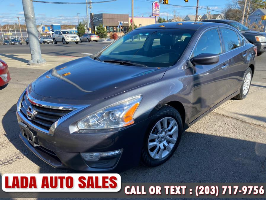2013 Nissan Altima 4dr Sdn I4 2.5 S, available for sale in Bridgeport, Connecticut | Lada Auto Sales. Bridgeport, Connecticut