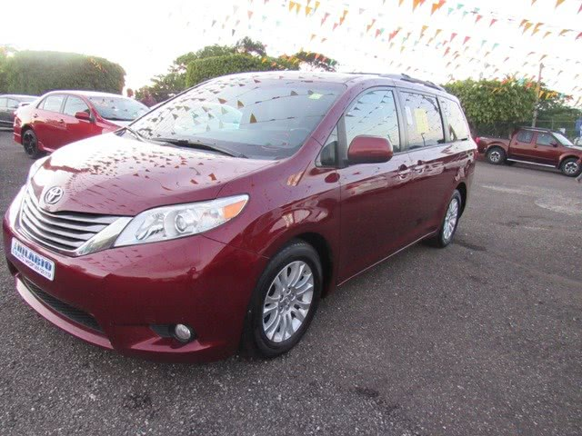 Used Toyota Sienna 5dr 7-Pass Van XLE AAS FWD (Natl) 2015 | Hilario Auto Import. San Francisco de Macoris Rd, Dominican Republic