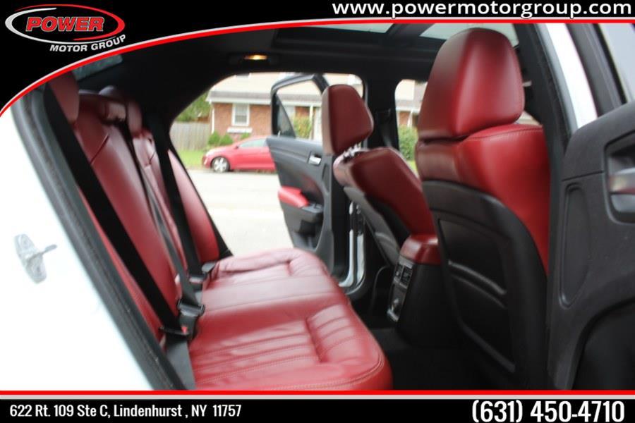 2013 Chrysler 300 4dr Sdn 300S RWD, available for sale in Lindenhurst , New York | Power Motor Group. Lindenhurst , New York