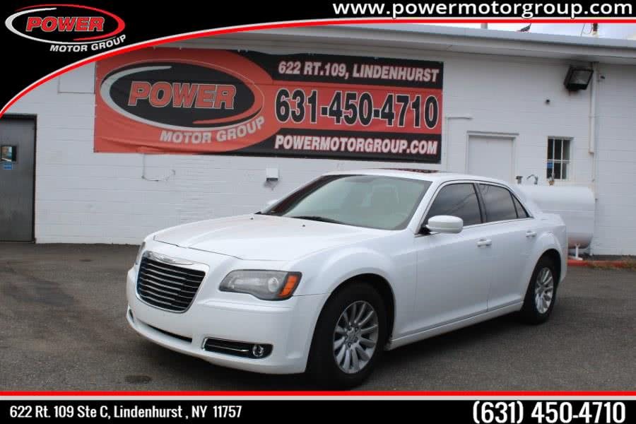 Used 2013 Chrysler 300 in Lindenhurst , New York | Power Motor Group. Lindenhurst , New York
