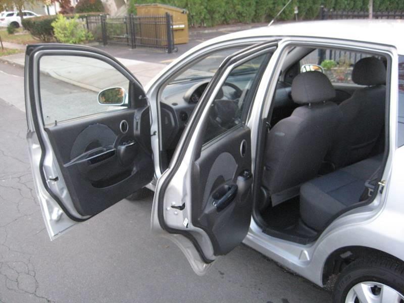 Used Chevrolet Aveo Aveo5 LS 5 4dr Hatchback 2007 | Rite Choice Auto Inc.. Massapequa, New York