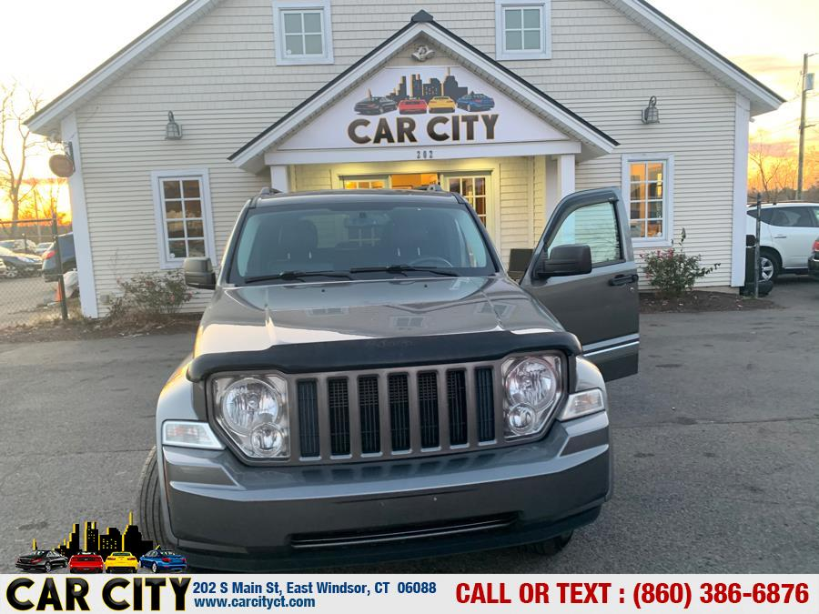 2012 Jeep Liberty 4WD 4dr Sport Latitude, available for sale in East Windsor, Connecticut | Car City LLC. East Windsor, Connecticut