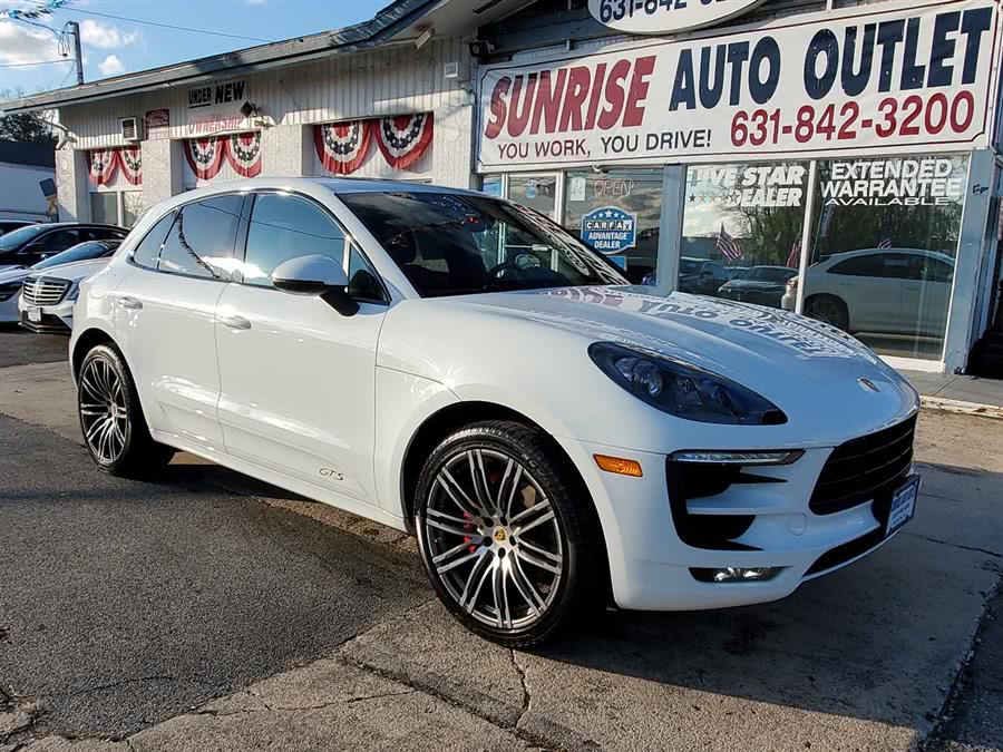Used 2017 Porsche Macan in Amityville, New York | Sunrise Auto Outlet. Amityville, New York