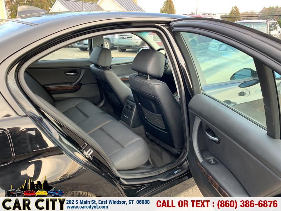 2007 BMW 3 Series 4dr Sdn 328xi AWD SULEV, available for sale in East Windsor, Connecticut | Car City LLC. East Windsor, Connecticut