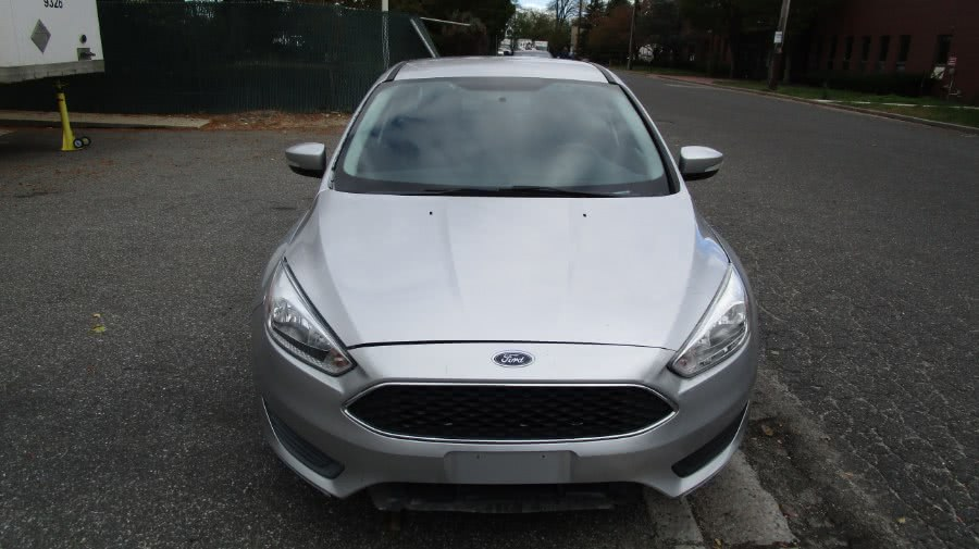 Used 2015 Ford Focus in Hicksville, New York | H & H Auto Sales. Hicksville, New York