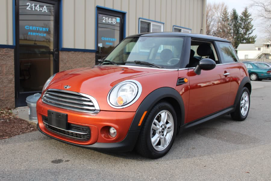 Used 2013 MINI Cooper Hardtop in East Windsor, Connecticut | Century Auto And Truck. East Windsor, Connecticut