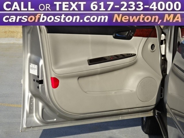 2006 Chevrolet Impala 4dr Sdn LS, available for sale in Newton, Massachusetts | Motorcars of Boston. Newton, Massachusetts
