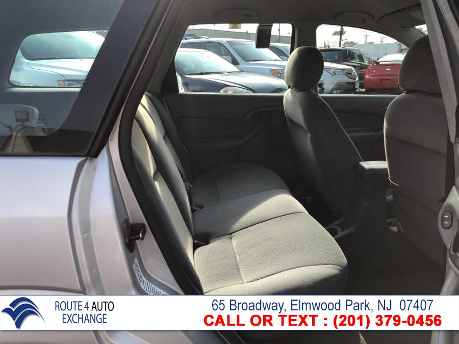 Used Ford Focus 4dr Wgn ZTW 2004 | Route 4 Auto Exchange. Elmwood Park, New Jersey