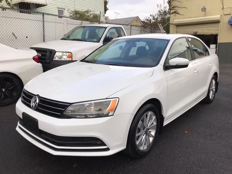 Used 2015 Volkswagen Jetta Sedan in Jamaica, New York | Sunrise Autoland. Jamaica, New York