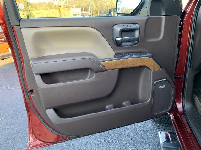 2016 Chevrolet Silverado 1500 LTZ 4WD, available for sale in Cincinnati, Ohio | Luxury Motor Car Company. Cincinnati, Ohio