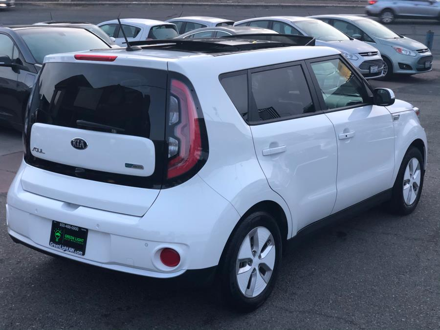 2016 Kia Soul EV + Sun &  Fun Package, available for sale in Daly City, California   Green Light Auto Wholesale. Daly City, California