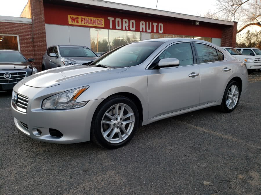 Used 2014 Nissan Maxima in East Windsor, Connecticut | Toro Auto. East Windsor, Connecticut