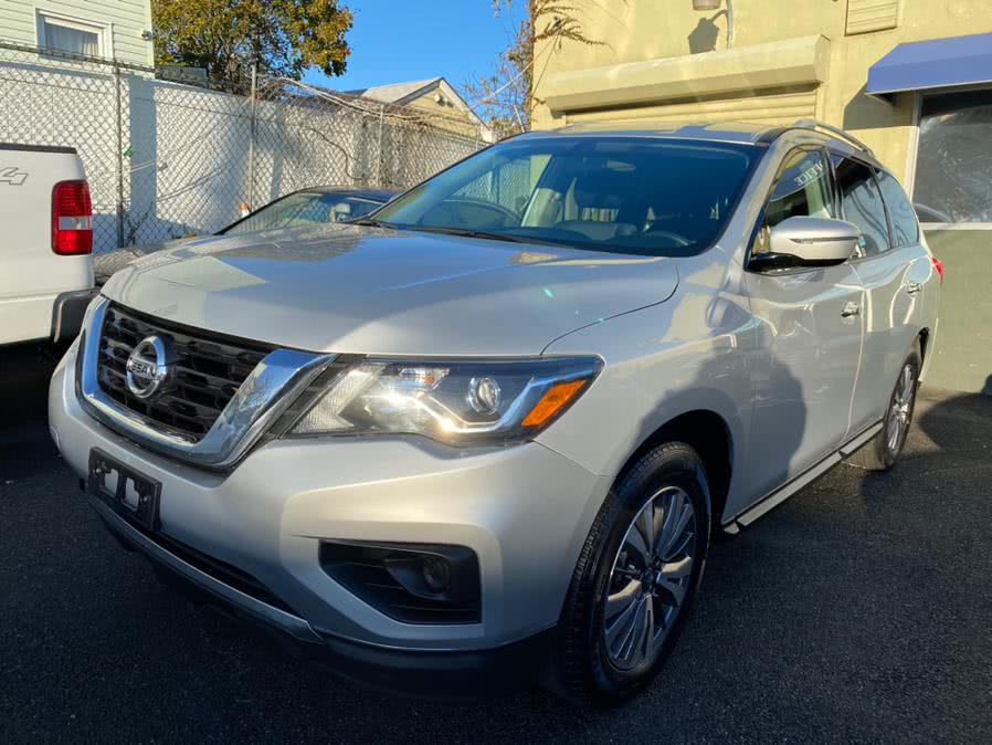 Used Nissan Pathfinder 4x4 S 2017 | Sunrise Autoland. Jamaica, New York