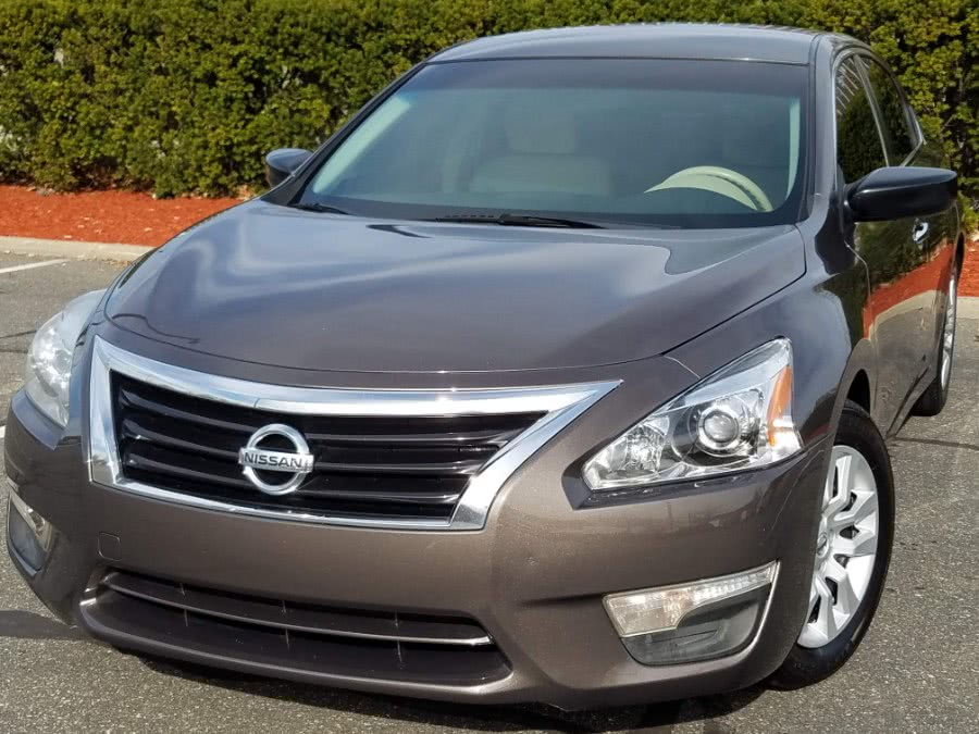 Used 2013 Nissan Altima in Queens, New York