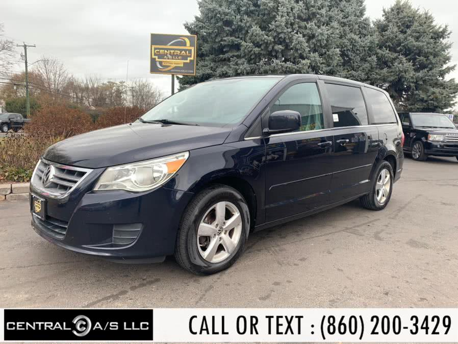Used Volkswagen Routan 4dr Wgn SEL w/Navigation 2010 | Central A/S LLC. East Windsor, Connecticut