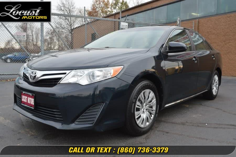 Used Toyota Camry 4dr Sdn I4 Auto LE (Natl) *Ltd Avail* 2014 | Locust Motors LLC. Hartford, Connecticut