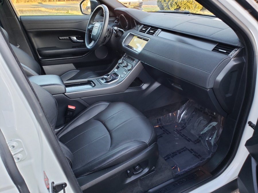 Used Land Rover Range Rover Evoque SE Premium Panoramic Roof Navi Camera`s LOADED 2019 | Toro Auto. East Windsor, Connecticut