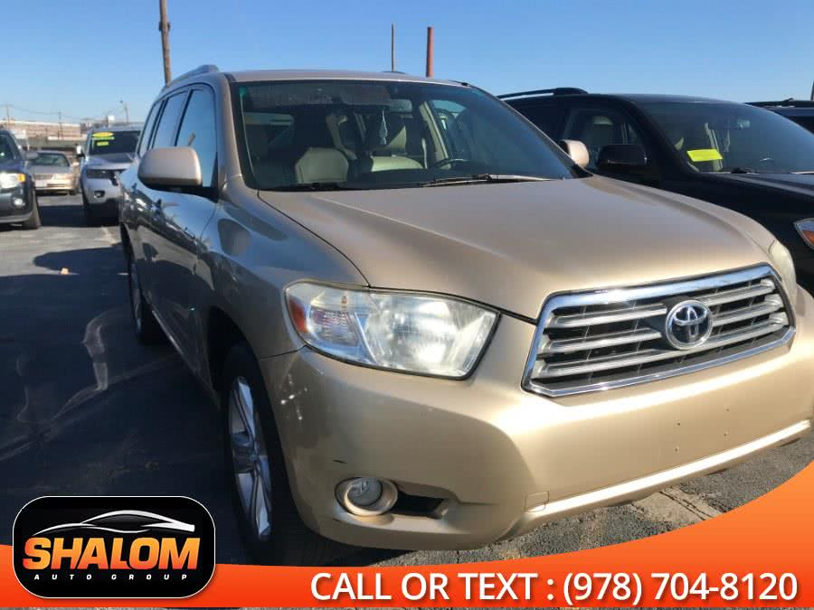Used 2008 Toyota Highlander in South Lawrence, Massachusetts | Shalom Auto Group LLC. South Lawrence, Massachusetts